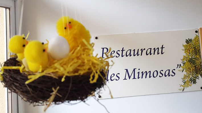 Décoration Pâques par nos résidents de la Bastide de Pégomas